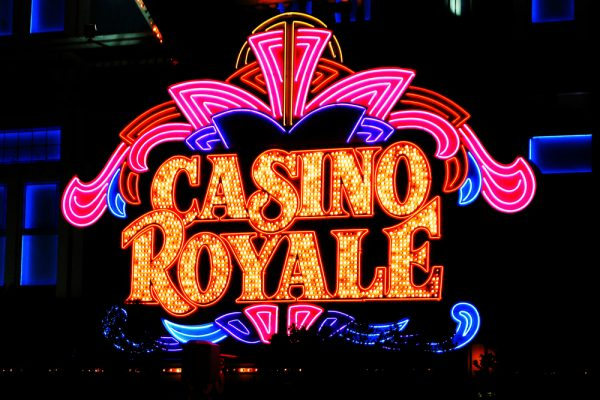 Casino Royale – play online on the official website